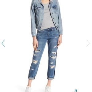 Blank NYC distressed contrast panel jean. Size 24